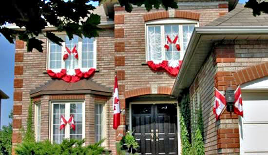 Decorating with the flag of Canada on Backyard Decor Canada id=59167