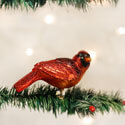 Resting Cardinal Ornament with Clip, OWC18041