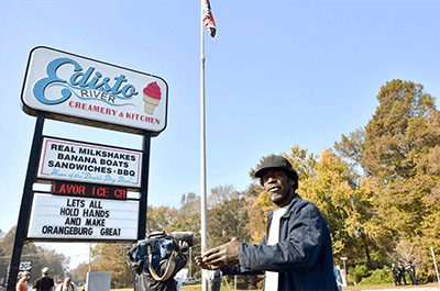 Restaurant owner sells business over Confederate flag controversy